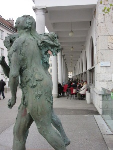 Marktplatz -from Three bridges to Dragon Bridge