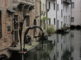 Treviso Canal and air circulation archway